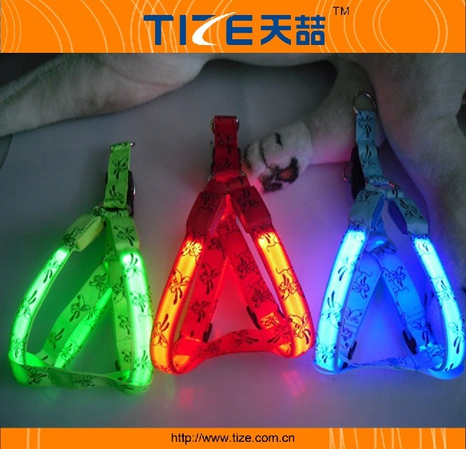 Hot sale led flashing dog harness with printing logo design